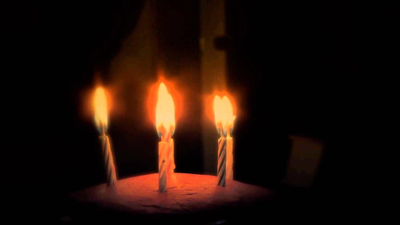 torta de cumpleaos con velas efecto fiestas y youtube