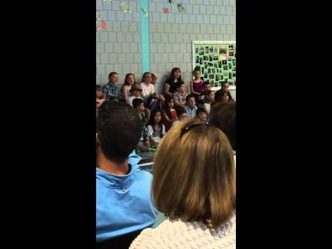 """Rhiannon's 2nd Grade does """"Three Little Birds"""" - Morse Street School"""