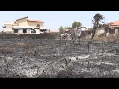 Viaggio nell'inferno di fuoco a Catania. Musumeci: 'Anche i cittadini hanno responsabilità'