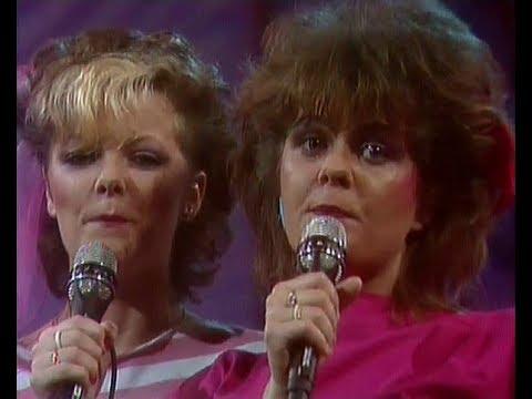 Snapshot  Gir' Du Et Knus Dansk Melodi Grand Prix 1983