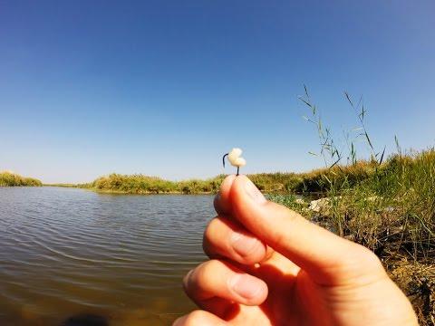 Насаживание перловки на крючок.Рыбалка.Fishing