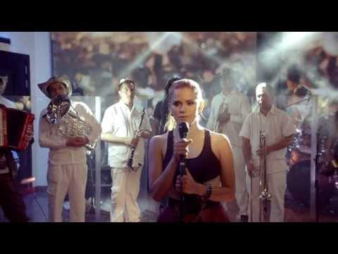 Porro bonito - Adriana Lucía - Video oficial (HD)