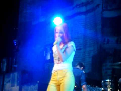no doubt and Paramore decoy