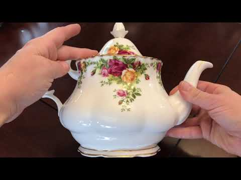 Royal Albert Old Country Roses Teapot Collection