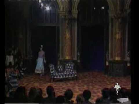 Alexander McQueen : a documentary film (1)
