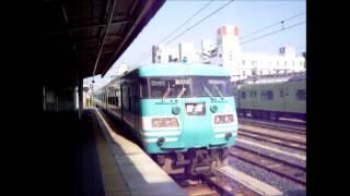117系オーシャンカラー 普通五条行 王寺駅入線動画です。 風の音がす...
