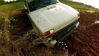 LADA 4x4 (Нива) на полевой дороге НЕ пасует(История Лады Нивы начинается с 1977 года! И вот практически 40 лет спустя автомобиль совсем не изменился, но..., 2016-07-30T23:13:03.000Z)