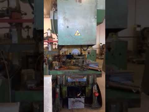 Mechanical Press Legnani 250 ton complete of Electronic Feeder