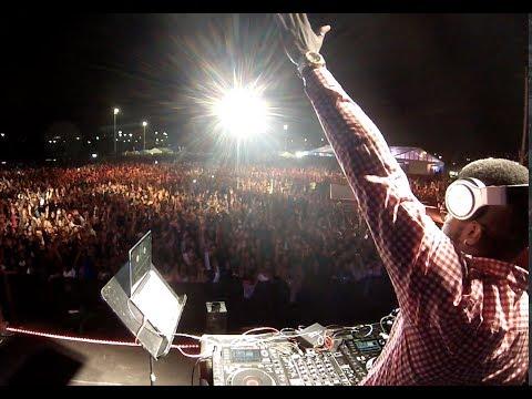 WHO IS DJ CLEO