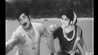 Adi Ennadi Raakamma Video Song | அடி எண்ணடி ராக்கம்மா.. | Pattikada Pattanama Tamil Movie Songs