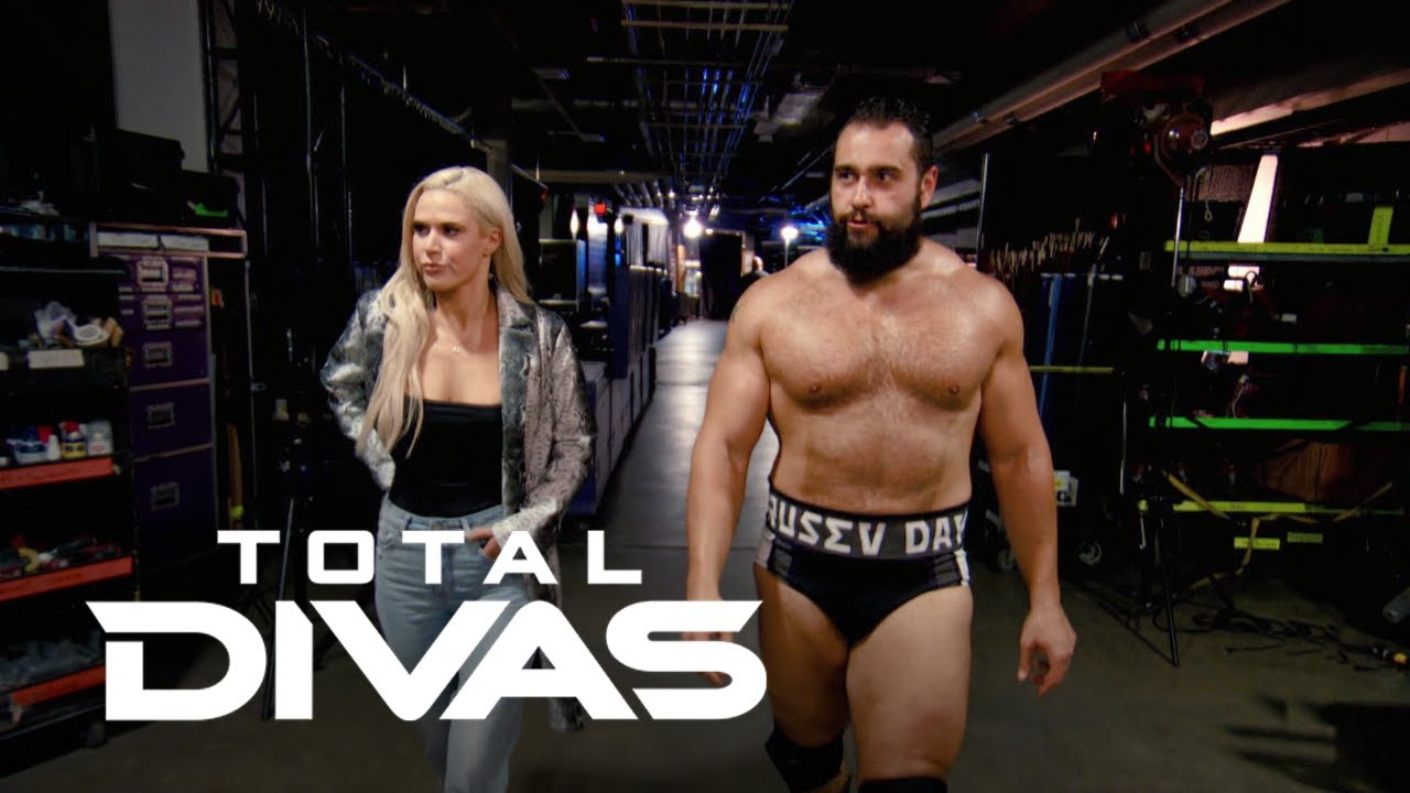 Did Lana Rusev Pose Nude On The Beach Total Divas E Youtube