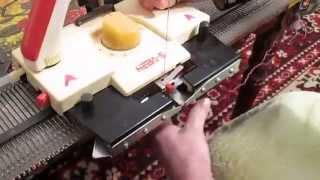 Вяжем шнурочки на вязальной машине Нева 5