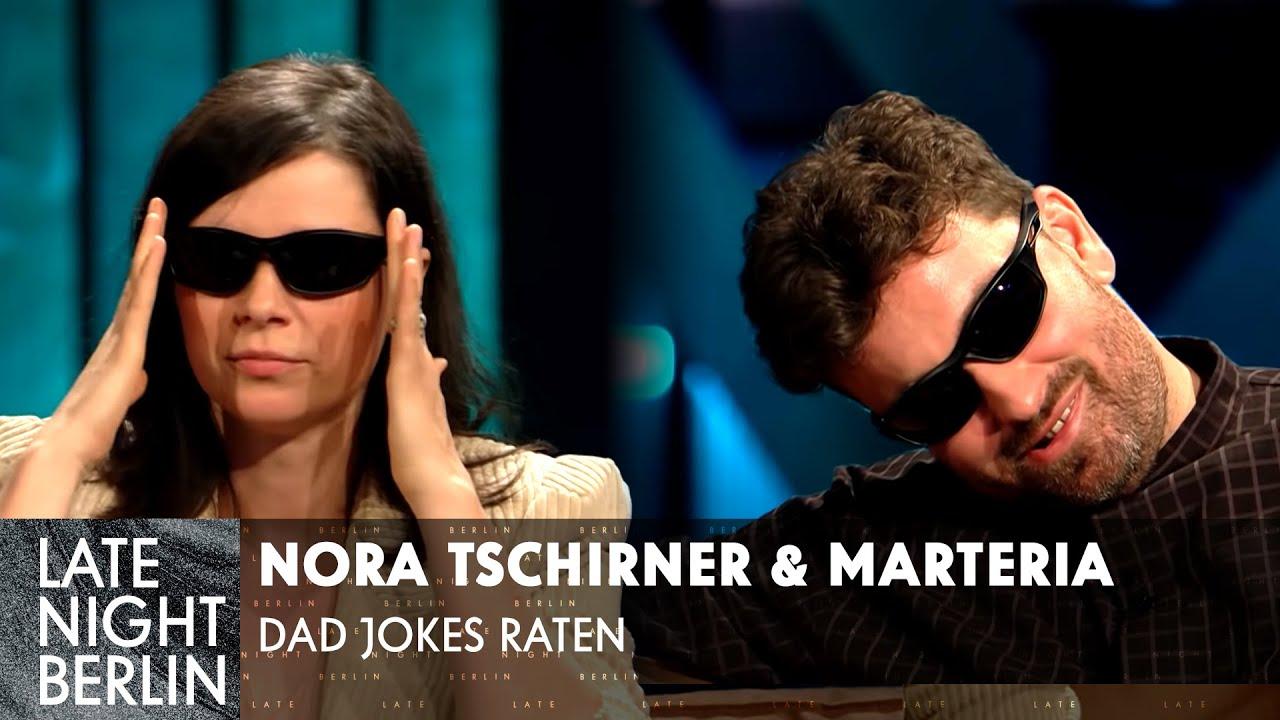 Dad Jokes raten mit Marteria & Nora Tschirner | Late Night Berlin | ProSieben