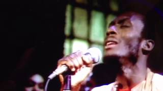 Jimmy Cliff- Many Rivers To Cross