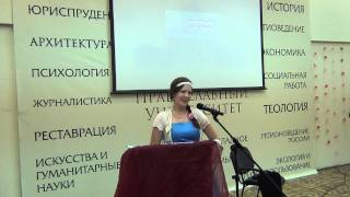 Маша Хрузина читает свои стихи на Свадебном бале