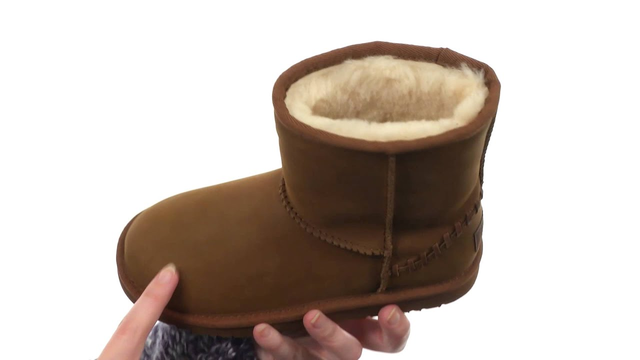 ugg classic short boot big kid