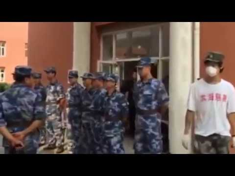China Tianjin Explosion Civil Bureau and Volunteers Confrontation
