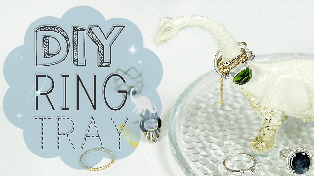 Room decor and jewelry display how to make a diy ring for Room decor jewelry holder