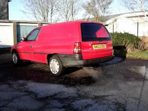 Vauxhall Astra TD Diesel Cold Start
