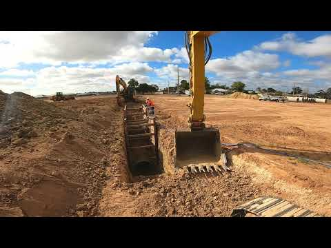 Civil Construction - Pipelaying 1350RCP