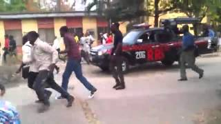 Lasu Students Block VC from leaving the School Premises ( Lasu Riot )