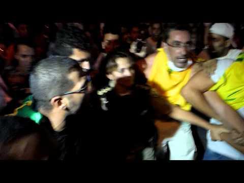 #VemPraRua Coronel aparece no meio do protesto e povo impede agressão