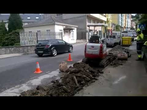 Una avería deja sin agua a los vecinos de la avenida Benito Galcerán de Viveiro
