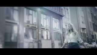 Repeat youtube video Cserpes Laura - Úgysincs más - Official Video - Mistral Music