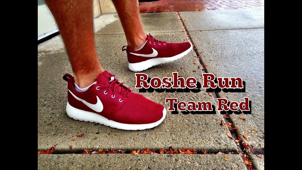 912b0ccfb5e0 Nike Roshe Run Team Red Review   On Feet - YouTube