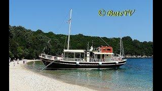 Морской круиз на северо-востоке  острова Корфу (Греция). Sea cruise in the northeast of the  Corfu(В видео показан круиз вдоль северо-восточных берегов острова Корфу. Его начало в курортном поселке Дасия,..., 2016-11-16T18:02:51.000Z)