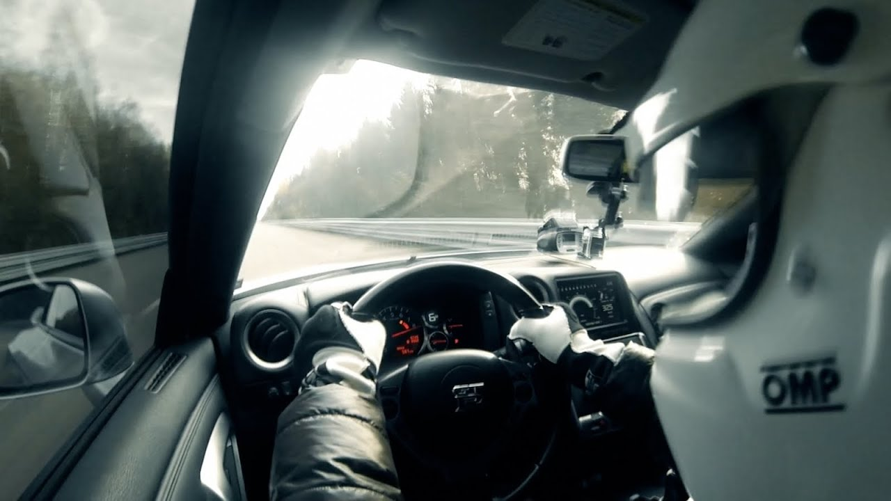 New Top Speed World Record for Nissan GT-R 402 KPH (250 ...