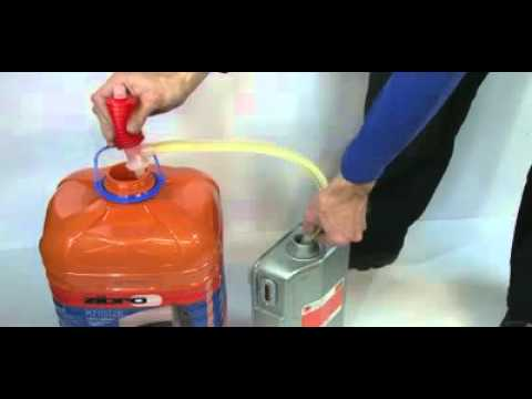 Llenado del dep sito de estufa de parafina con bomba - Parafina liquida para estufas ...
