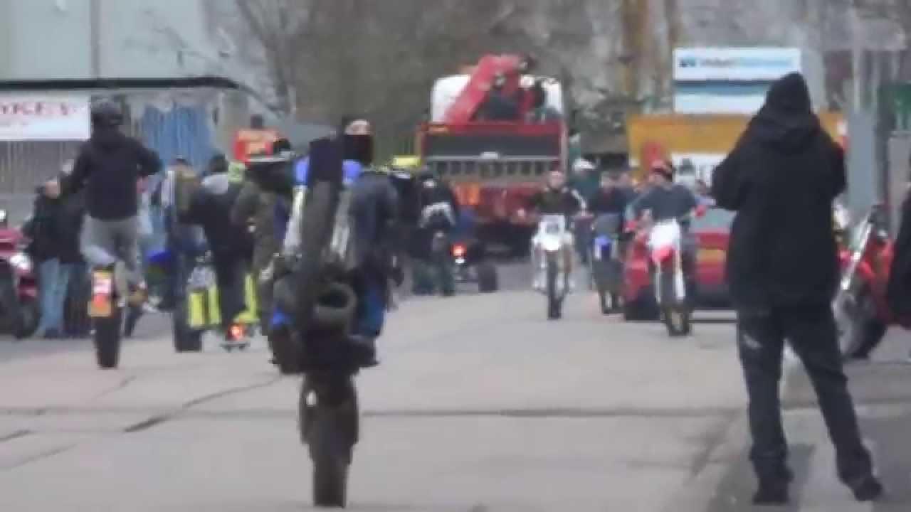 Uk Bike Life Link Up Wheelies Stunts Madness Youtube