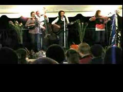 The peasall sisters freight train blues