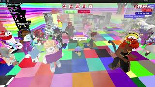 Exploring a Party on Roblox MeepCity!
