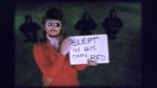 Watch Les Claypool Buzzards Of Green Hill video
