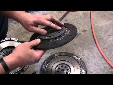 How To: Install a Clutch and Pressure Plate on a Honda