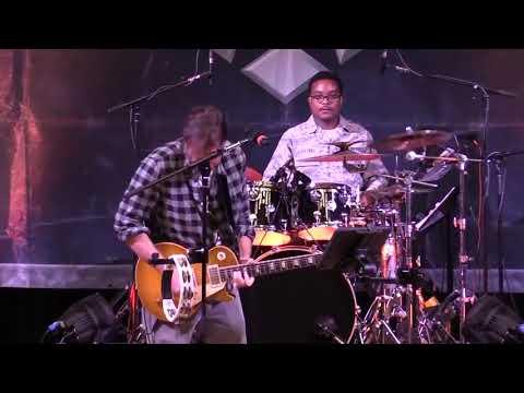 USAF Heritage of America Band featuring Joe Bonamassa