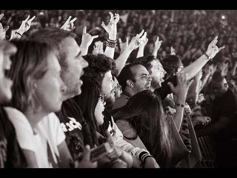 metallica---nothing-else-matters-live-in-paris,-08-september-2017-(multi-cam---hq-sound-livemet.com)