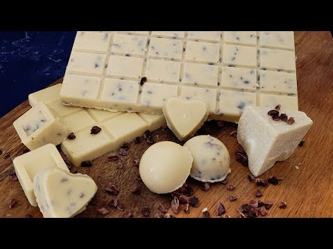 How To Make Keto White Chocolate | Keto Cookies And Cream Bar | Keto Fat Bomb Recipe