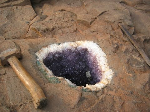 Top 10 Amazing Facts About Amethyst