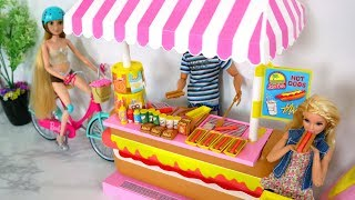 Gambar cover Babie doll HotDog Hot Dog Stand Toy Unboxing Review باربي لعبة الكلب الساخن Barbie Cachorro-Quente