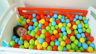 Öykü are playing with colorful balls - Hide and Seek fun kids