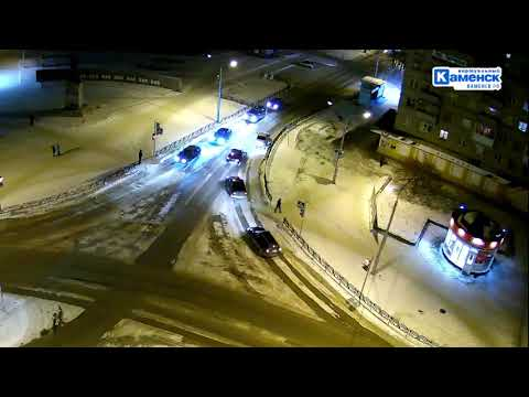 Пьяный водитель-неадекват на дорогах Каменска-Уральского