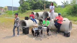 Musik indonesian voice rumah kita (cover by alan and yahyazulmi.