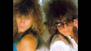 Watch Bon Jovi Outlaws Of Love video