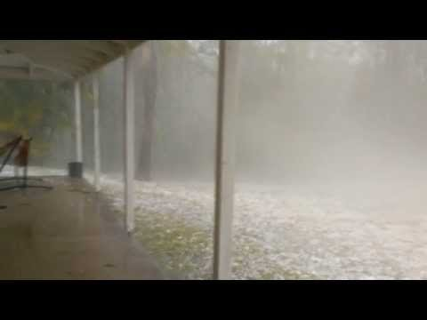 Severe storm with golf ball sized hail stones batters the Gold Coast Australia 18-11-2013