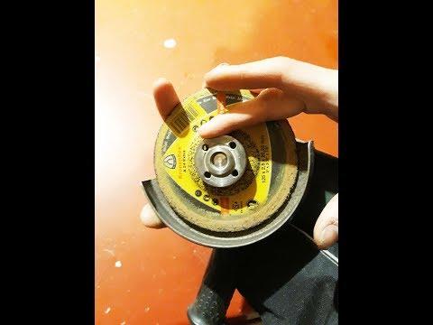 Как заменить диск на ручной циркулярной пиле.