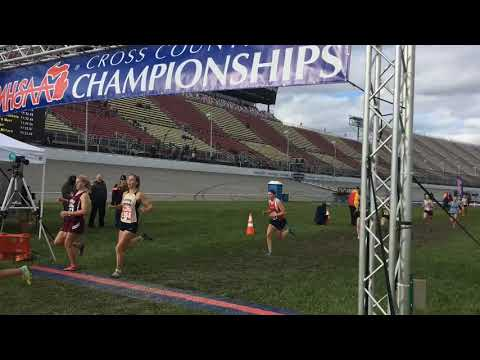 2018 MHSAA Division 1 girls cross country state finals