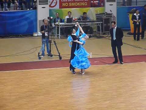 AIG 2009 - Slow Waltz - Final - Ishihara Masayuki & Kubo Ayami (Japan)